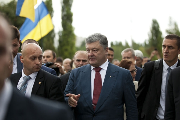 До Львова їде президент Порошенко