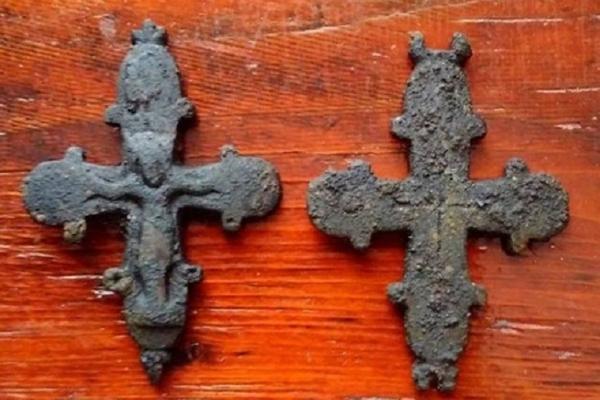 На Львівщині знайшли 900-річну реліквію в церкві (Фото)