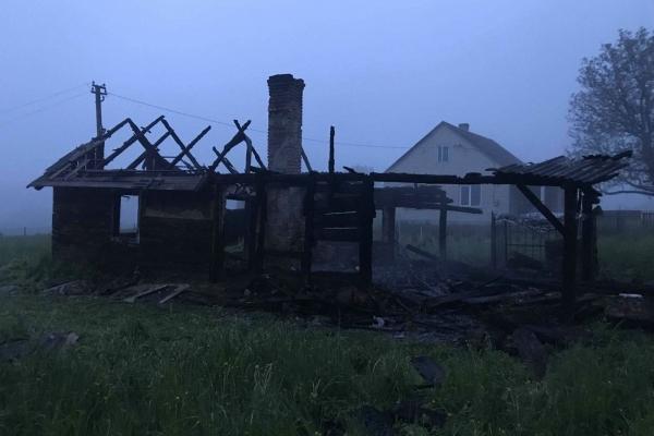 На Львівщині на пожежі виявили тіло чоловіка