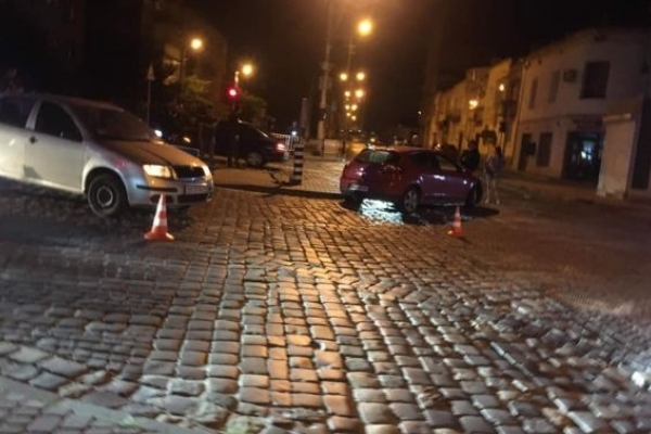 У Львові втік із місця події винуватець зіткнення автомобілів