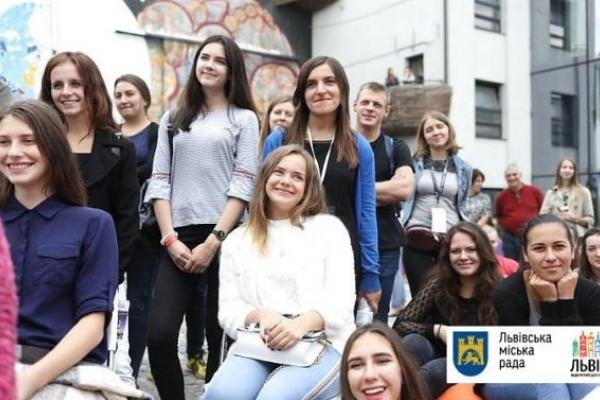 Стало відомо, скільки львівських випускників отримали 200 балів ЗНО