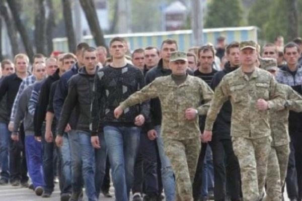 Стало відомо, коли на Львівщині стартуватиме осінній призов