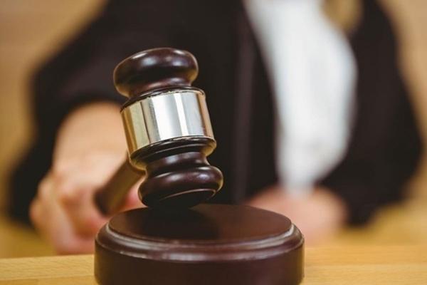 У Львові судитимуть двох поліцейських за збут наркотиків та отримання хабара