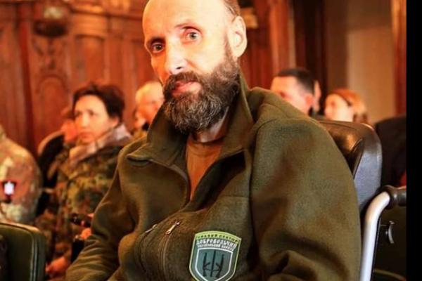 «Не міг їсти, просив, щоб поховали по-військовому»: на Львівщині пішов з життя учасник АТО
