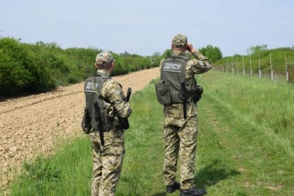 На Львівщині затримали турка біля кордону з Польщею