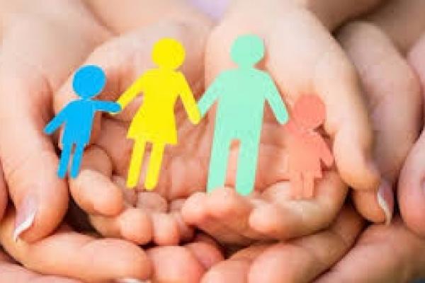На Львівщині троє дітей-сиріт знайшли нову сім'ю