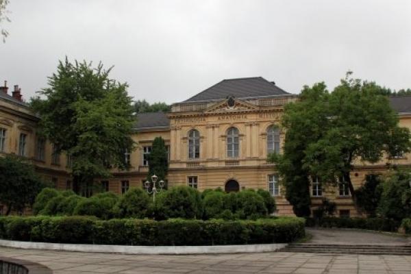 Львівський медуніверситет увійшов до трійки найкращих за підсумком міжнародного тесту з медицини