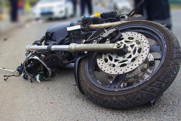 На Львівщині 20-річний нетверезий водій скетура не впорався із керуванням