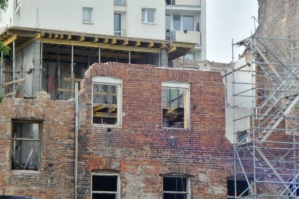 На Львівщині чоловік загинув під час демонтажу стіни