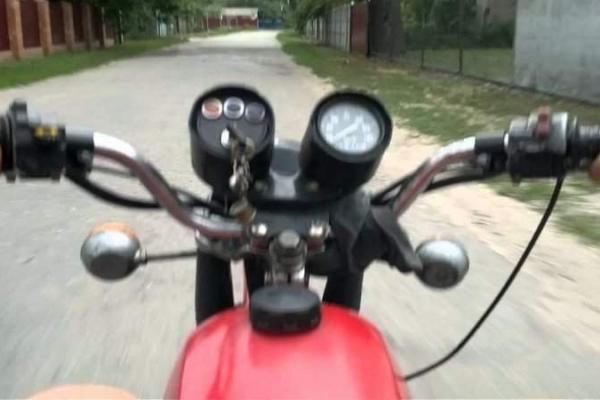 На Бродівщині мотоцикліст скоїв наїзд на 9-річного односельця