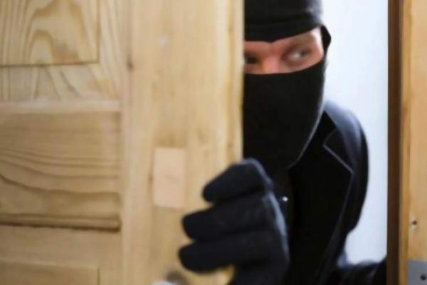 Неповнолітній рецидивіст вчинив п'ять крадіжок на Львівщині