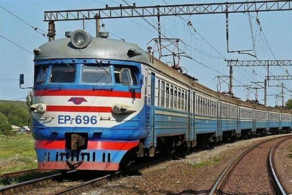 Львівська залізниця змінює графік руху приміських поїздів