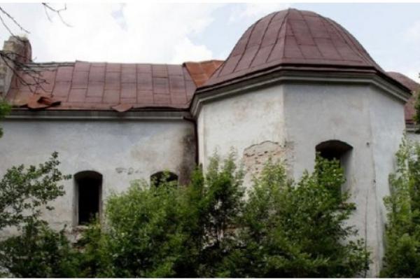 На Львівщині підприємець придбав костел XIX століття