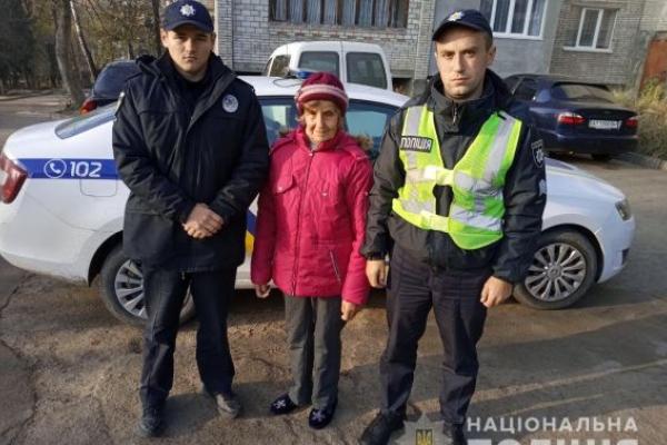 На Львівщині знайшли заблукалу в лісі пенсіонерку