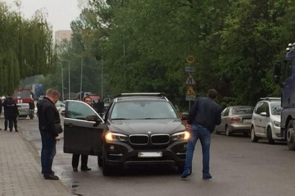 Львів'янин підклав під «БМВ» вибуховий пристрій
