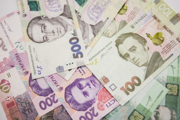 Стало відомо, який розмір середньої зарплати на Львівщині у вересні
