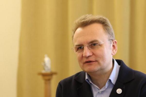 САП вручила підозру міськголові Львова Садовому