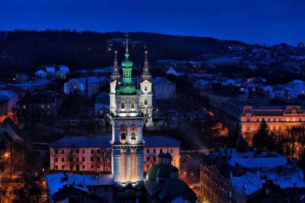 Як у Львові горіла військова частина (Відео)