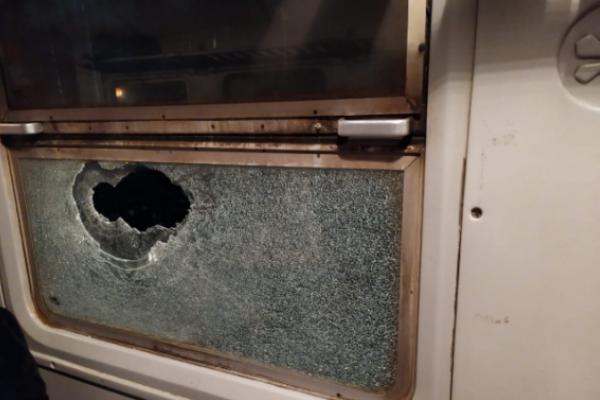 Розшукали хулігана, який поранив пасажира потягу на Львівщині
