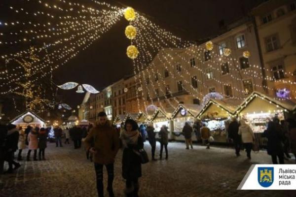 На Різдвяному ярмарку у Львові заборонили газові балони