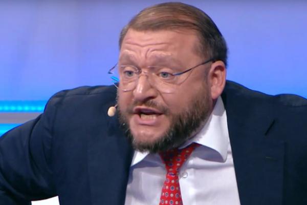 Одіозний Добкін за 0,5 млн грн перевіз частину львівського пам'ятника до Харкова