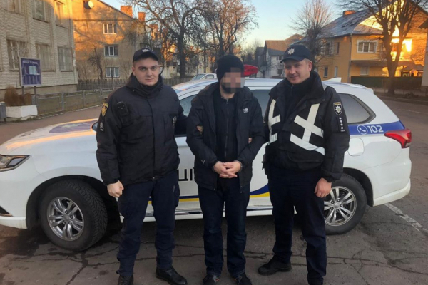 У Червонограді поліція хутко впіймала злодія, який на Святвечір обікрав квартиру