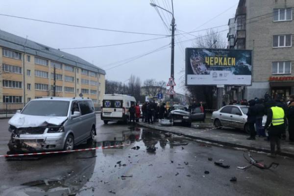 Жахлива ДТП у Львові: загинула трирічна дівчинка