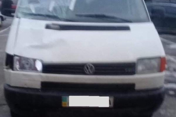 На Долинщині поліція розшукала водія, який вчинив ДТП та з місця події втік