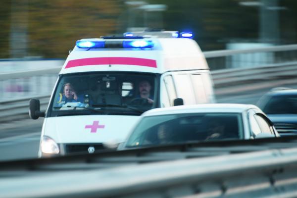 У Львові на вулиці помер молодий чоловік