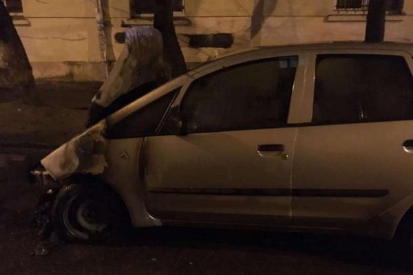 У Львові підпалили автомобіль журналістки Радіо Свобода (Фото)