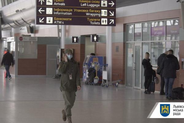 У Львові почали перевіряти заклади на дотримання умов карантину