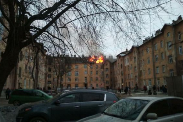 Причину пожежі у Львові на Городоцькій з'ясовують