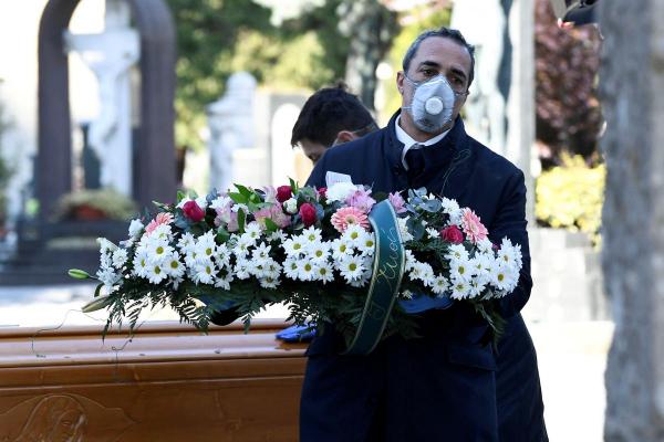 Трупи ховатимуть у поліетиленовому пакеті: стало відомо, яким буде похорон померлих від коронавірусу