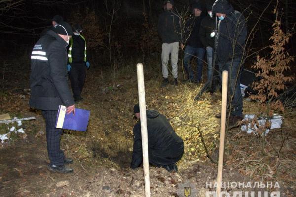 Забили битою і підпалили: наркоторговці по-звірячому вбили пару закоханих підлітків на Львівщині (Фото)