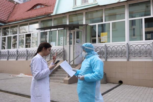 2,7 млн грн - на премії медикам обласної інфекційної лікарні від Львівської міської ради