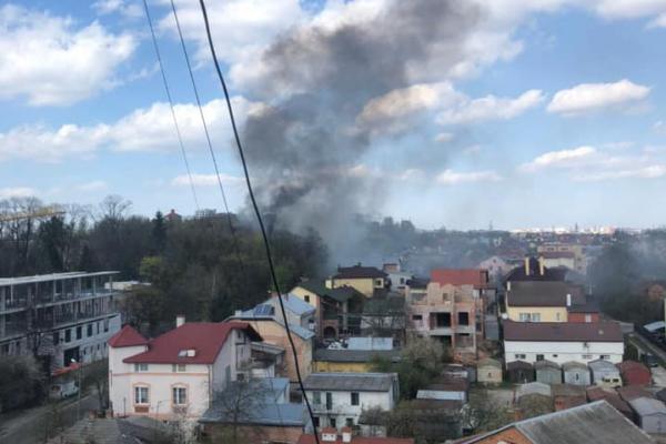 У Львові внаслідок пожежі в недіючому корпусі психіатричної лікарні ніхто не постраждав