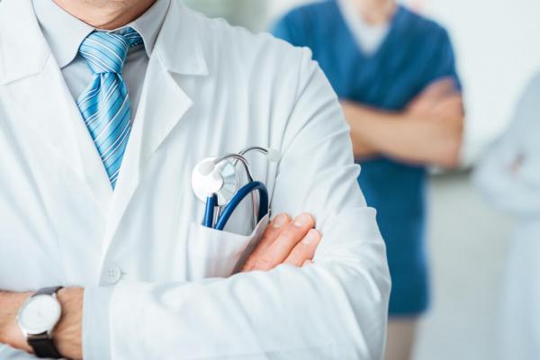 За смерть пацієнта у Золочеві судитимуть лікаря