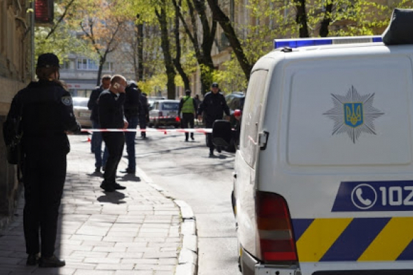 Поліцейські затримали двох зловмисників, причетних до розбійного нападу та вбивства львів'янина