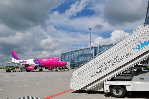Wizz Air відкриє базу в аеропорту «Львів» і запускає 7 нових маршрутів з України