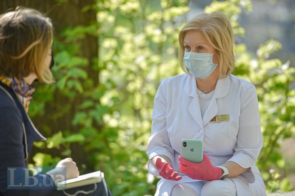 «Я би не розслаблялася». Інтерв'ю з головною лікаркою Олександрівської лікарні Людмилою Антоненко (Фото)