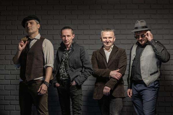 Віктор Винник і МЕРІ записали кавер на популярний шлягер «Бувай ми здорова»