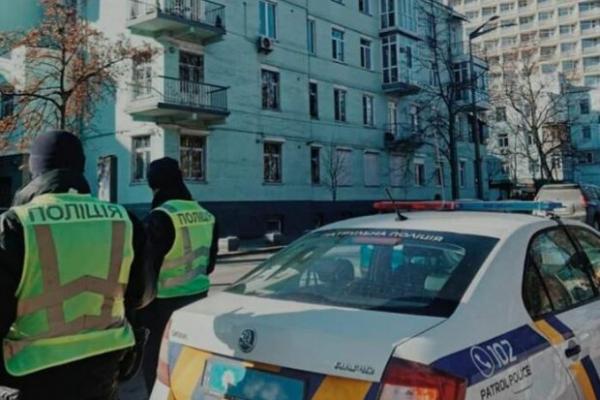 Львівські поліцейські врятували чоловіка, який намагався вчинити суїцид