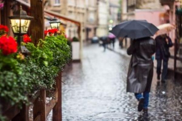На території Львівщини оголосили штормове попередження