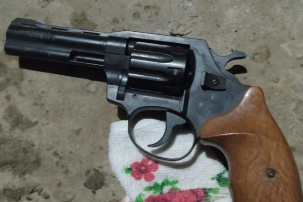 На Львівщині чоловік вистрелив у дружину