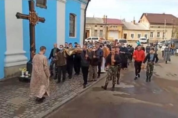 Карантин у Самборі - суд вирішив не карати священника
