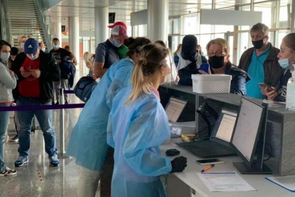 У Львівському аеропорту встановили пункти збору матеріалів на ПЛР-тестування