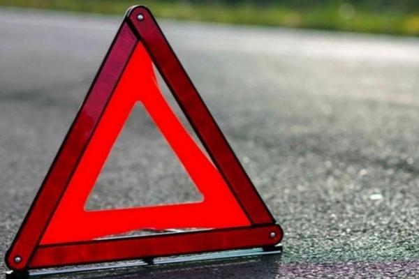 У Львові під колесами автомобіля Mazda постраждало двоє хлопчиків