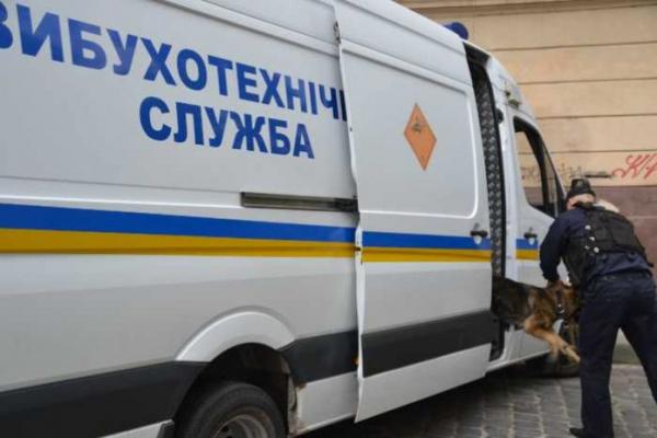 У Львові 49-річний чоловік замінував трамвай