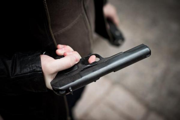 На Дрогобиччині чоловік підстрелив матір своєї колишньої, а потім звів рахунки з життям