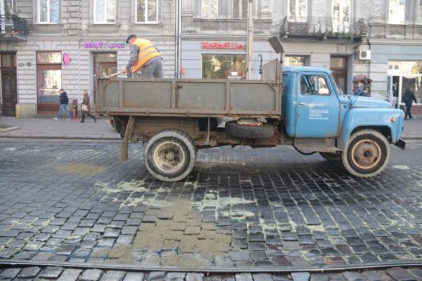З 28 вересня розпочнеться реконструкція вулиці Степана Бандери. Схема проїзду
